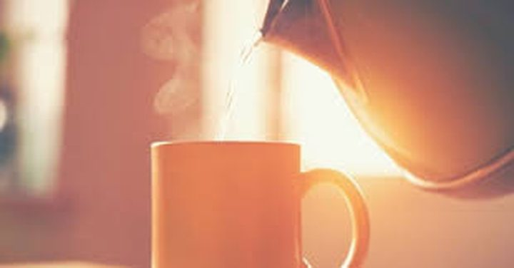 شرب كأس دافئ من الماء صباحا يحميك من الأمراض الخطيرة
