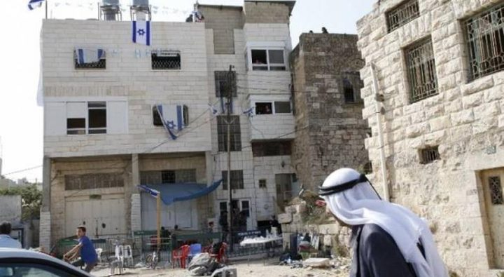 أبو سنينة: بينيت يتحمل تبعات قرار اقامة مستوطنة في قلب الخليل