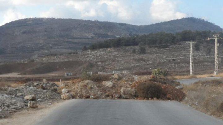 الاحتلال يغلق الطريق الواصلة لأحراش قفين شمال طولكرم