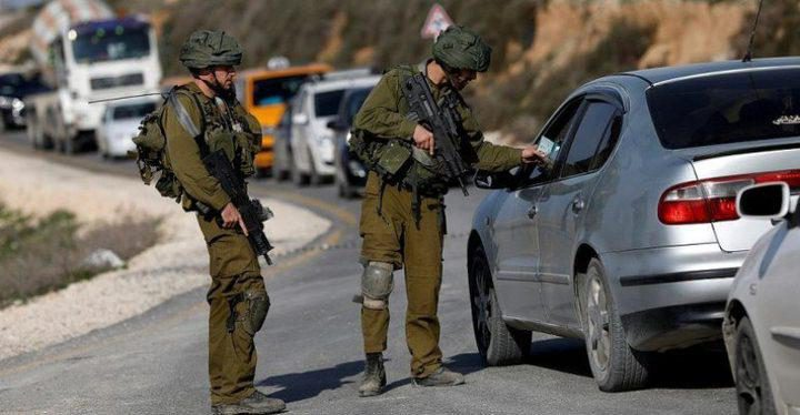 الاحتلال يحتجز عشرات المركبات على مدخل جنين