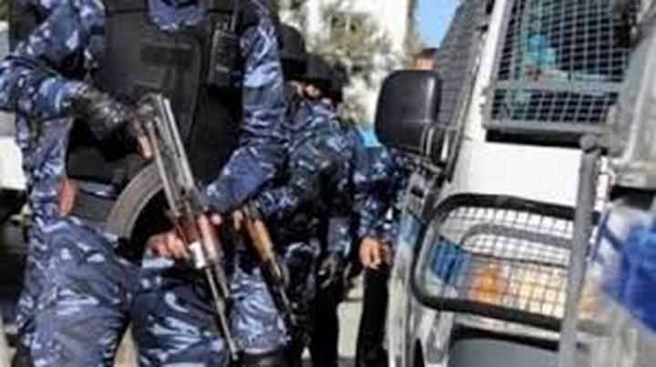 الشرطة تقبض على شخص أطلق النار في باحة مدرسة جنوب جنين