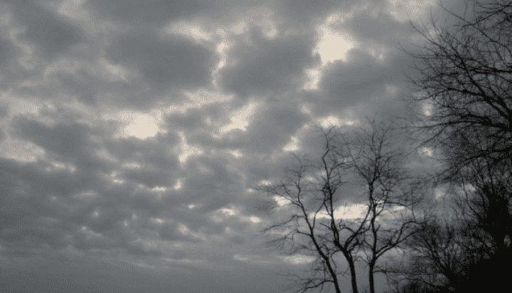 الطقس: أجواء باردة نسبيا وانخفاض على درجات الحرارة