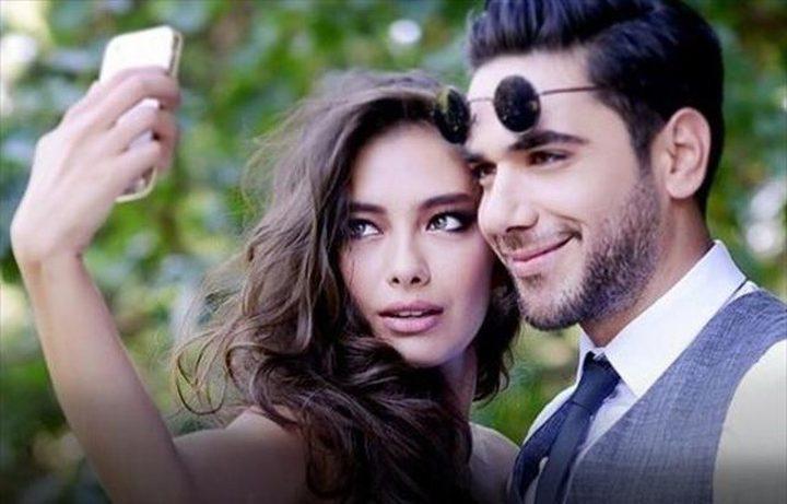 الشائعات تطال النجمة التركية أتاغول وزوجها دوغلو