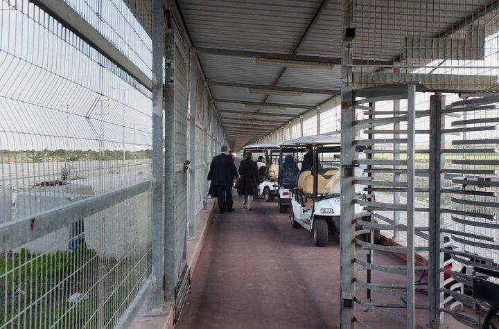 """الاحتلال يعتقل تاجرًامن غزة على حاجز بيت حانون """"إيرز"""" شمال القطاع"""