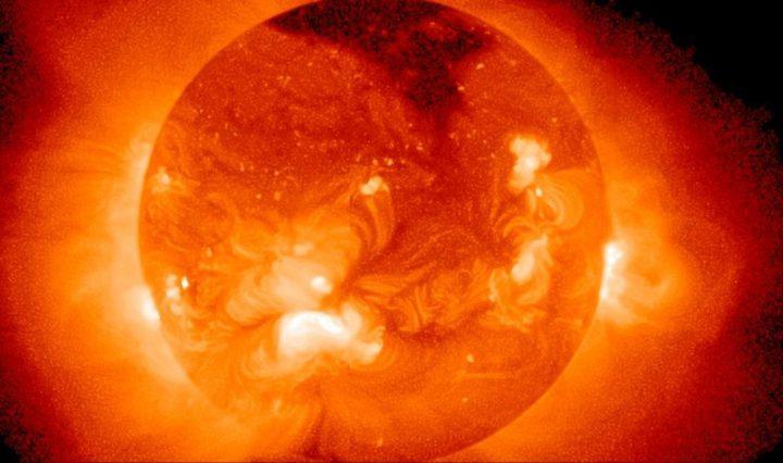 ناسا: مسبار باكر قدم معلومات جديدة عن الشمس
