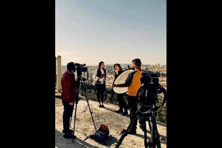 الاحتلال يعتقل طاقم تلفزيون فلسطين في القدس المحتلة