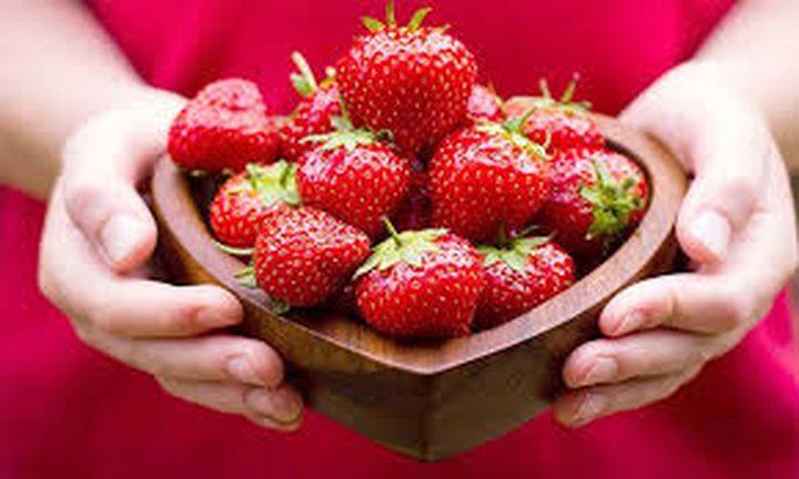 ما هي الفوائد الصحية المترتبة على تناول فاكهة الفراولة ؟