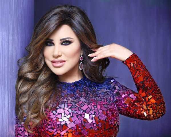 نجوى كرم تحتفل بخطوبة ابنة اخيها نور كرم