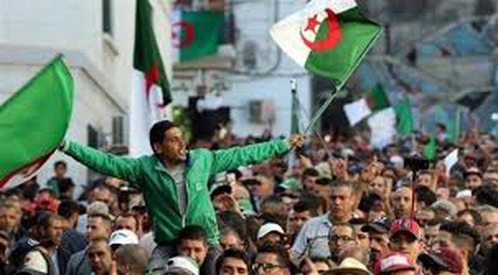 الجزائر: احتجاجات في الجمعة الأخيرة قبل الانتخابات