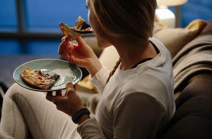 ما هي الأطعمة التي يساعد تناولها ليلا على التخلص من الوزن الزائد؟