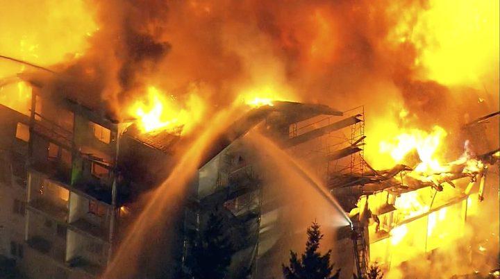اصابة طفلين بحالة حرجة إثر حريق منزلي في يطا