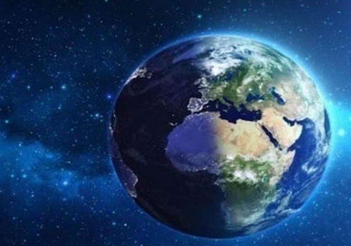 """اليوم.. """"الهرم الطائر"""" سيمر بالقرب من كوكب الأرض"""