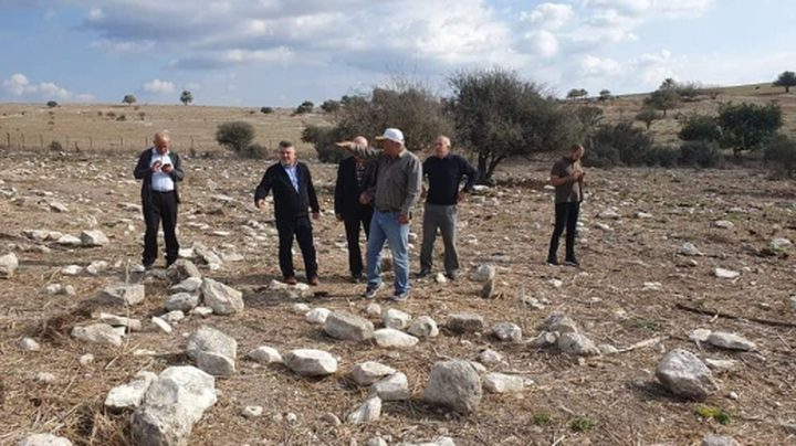 مجهولون يعتدون على مقبرة قرية صبارين المهجرة