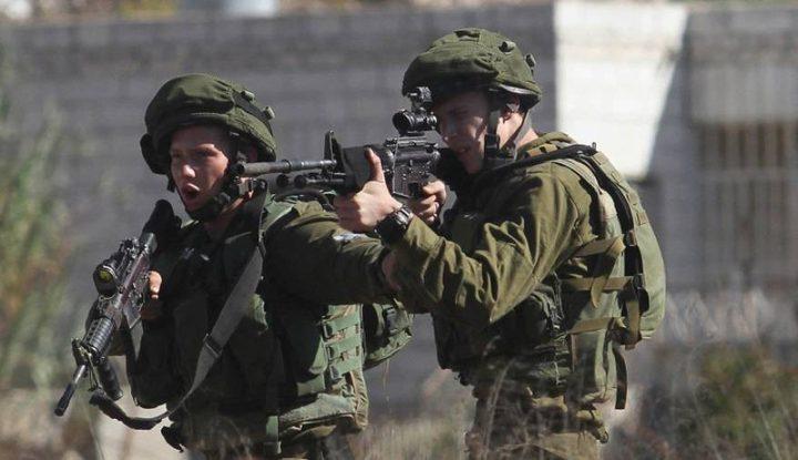 إصابة 5 عمال برصاص الاحتلال والعشرات بالاختناق شمال طولكرم