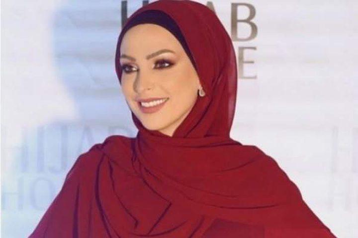 """الفنانة أمل حجازي: """"فسادكم من الطربوش للبابوج"""""""
