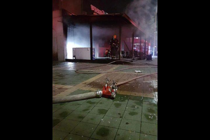 اندلاع حريق في مقهى بعكا