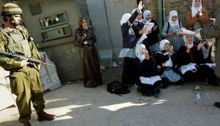 الاحتلال يحتجز طلبة داخل الموقع الأثري في سبسطية