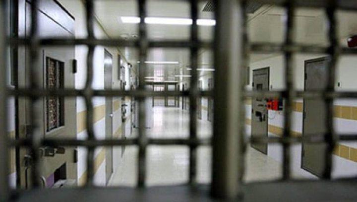أكثر من 5000 آلاف أسير داخل سجون الاحتلال بينهم 200 طفل