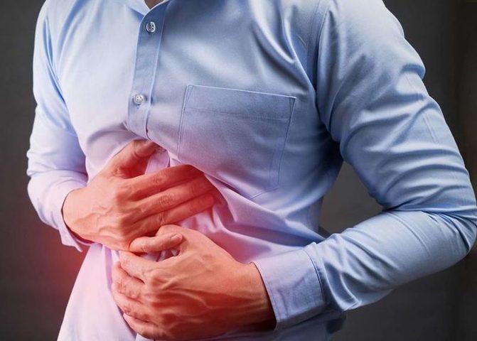 ما هي الأطعمة التي يحظر على مرضى إلتهاب المعدة تناولها ؟