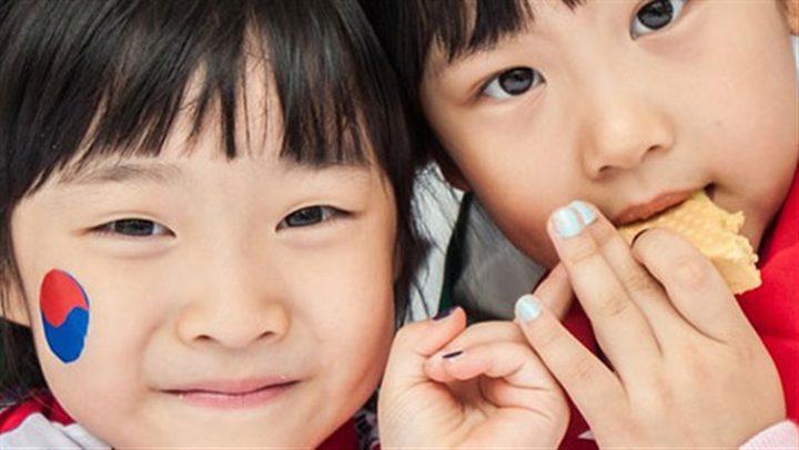 كوريا الجنوبية.. الأزواج الميسورون لا يريدون إنجاب الأطفال