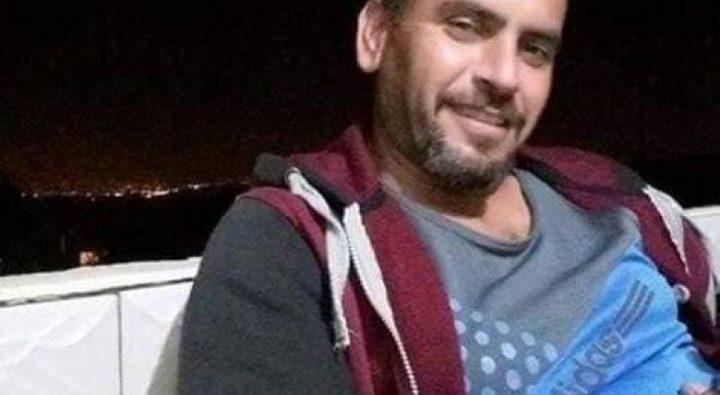 الأسير أحمد زهران يواصل إضرابه عن الطعام