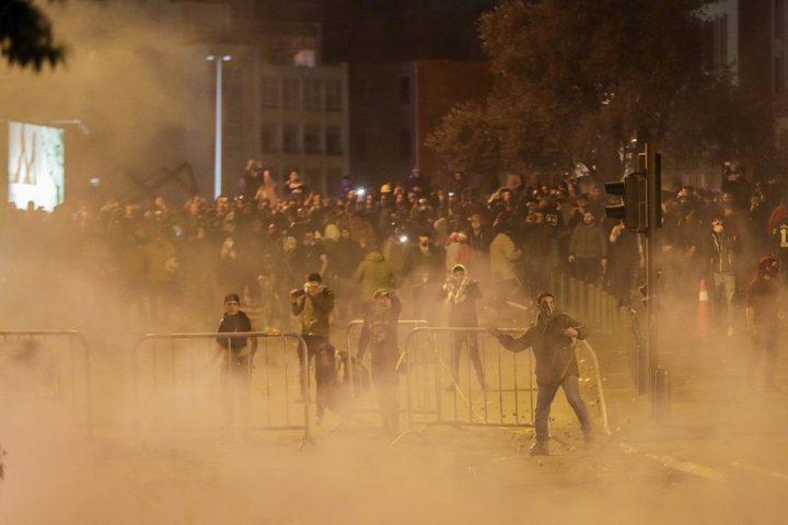 إصابة العشرات بالرصاص المطاطي والغاز المسيل للدموع بلبنان