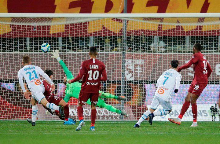 نيمانيا رادونيتش يحرز هدف التعادل في الدوري الفرنسي