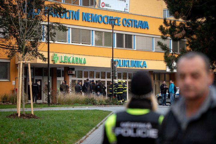 قتلى في إطلاق نار في أحد مستشفيات التشييك
