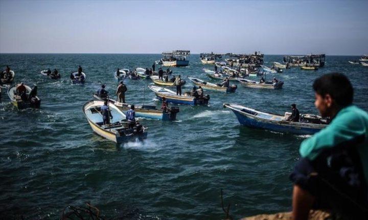 الاحتلال يوسع مساحة الصيد قبالة سواحل غزة