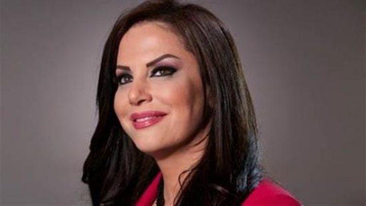 الإعلامية جيهان منصور تعلن انفصالها عن زوجها