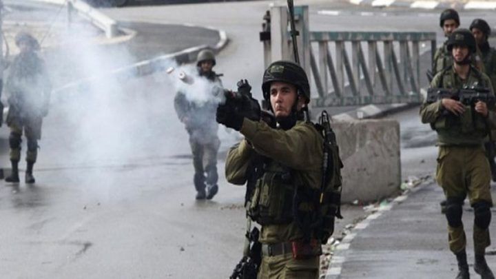 الاحتلال يطلق النار صوب الشبان جنوب بيت لحم