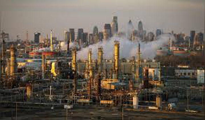 النفط يسجل ذروة 3 أشهر بفعل تراجع المخزون