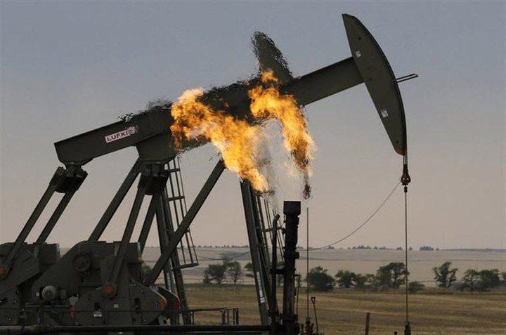 النفط يرتفع بفضل تفاؤل التجارة