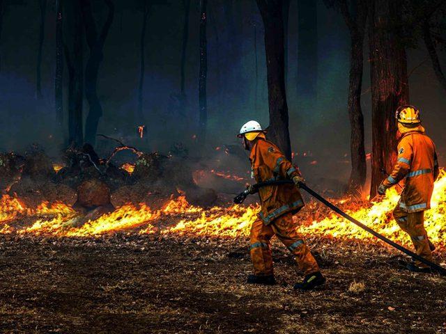 السلطات الروسية تعلن الطوارئ في ملبورن بسبب حرائق الغابات