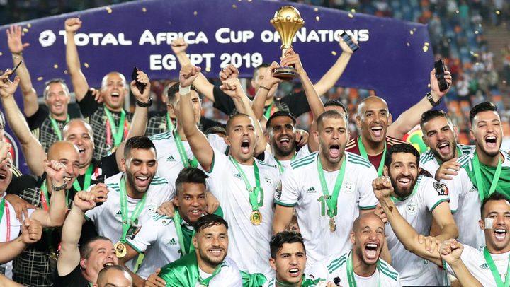 الجزائر يفوز بأفضل منتخب عربي لعام 2019