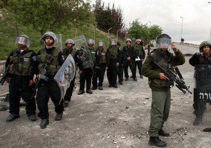 احتجازعيادة متنقلة في مسافر يطا