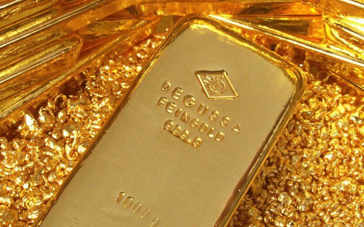 أسعار الذهب ترتفع مدفوعة بتراجع الدولار