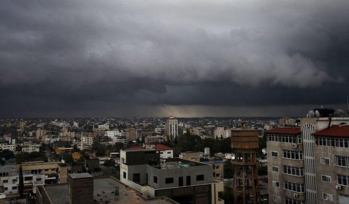 طقس فلسطين اليوم الخميس: أجواء باردة وماطرة حتى السبت