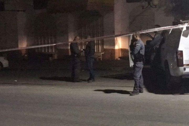 مقتل فتى في الرملة بجريمة اطلاق نار