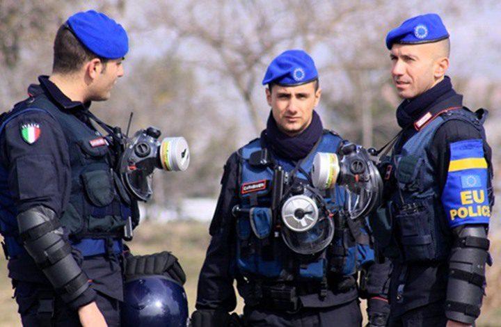 """مقتل 6 أشخاص واصابة 11 آخرين في """"حادث صدم"""" شمالي إيطاليا"""
