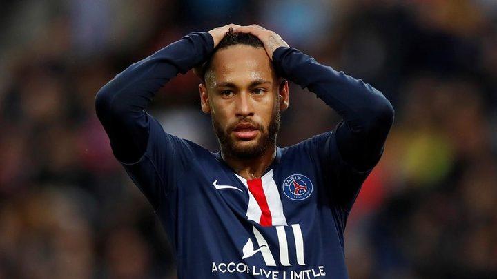برشلونة لم يعد يريد نيمار بسبب طلب ميسي