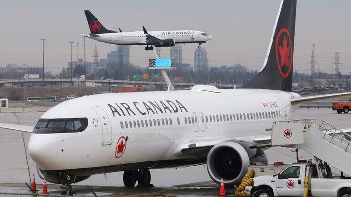 اصطدام طائرتين في مطار تورونتو