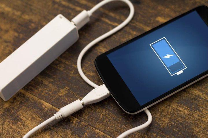 تستمر لمدة 5 أيام.. إبتكار بطارية أفضل بطارية هاتف في العالم