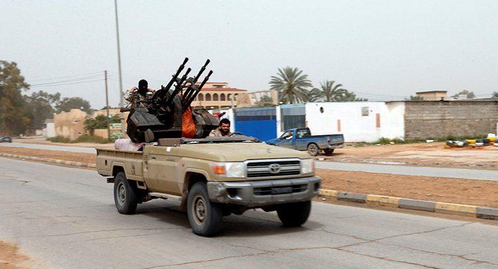 المرصد السوري: 260 مسلحا تركيا توجهوا الى ليبيا للقتال