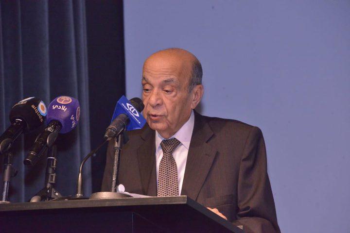 الرئيس ينعى المناضل الوطني الدكتور صلاح الدين الدباغ