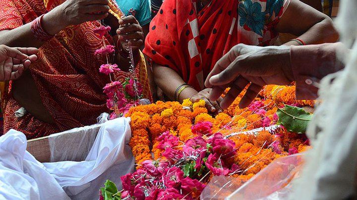الهند.. إمرأة تستيقظ من الغيبوبة أثناء التحضير لدفنها !