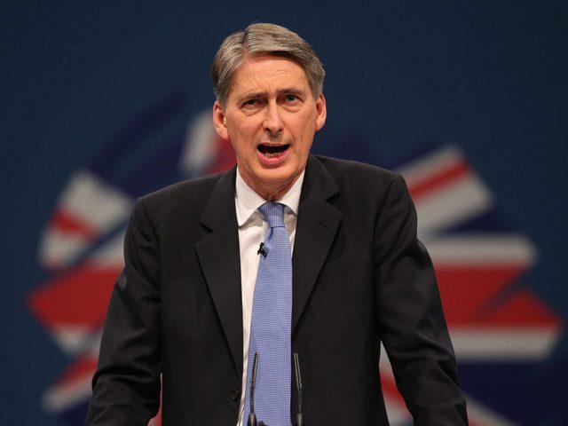 لندن: القبض على السفير البريطاني في طهران انتهاك غير مقبول