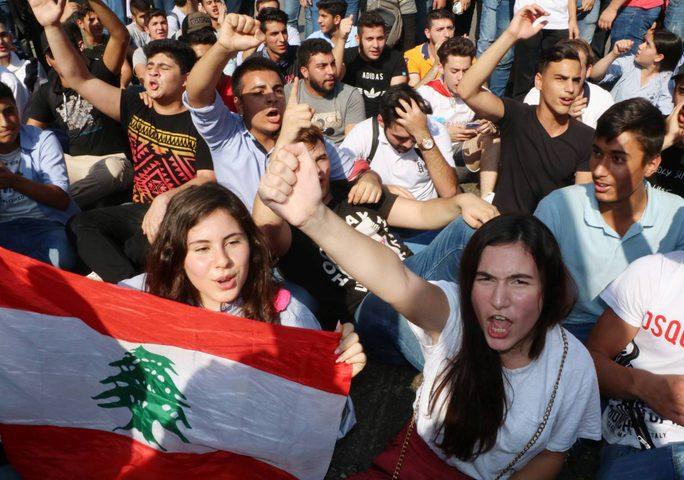 صدامات بين المتظاهرين وقوى الأمن اللبنانية في بيروت