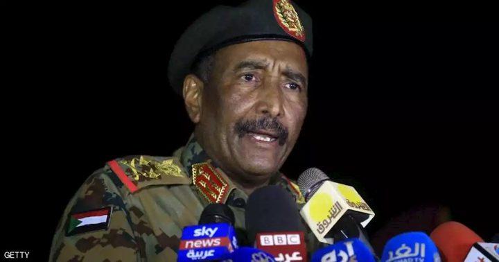البرهان: لن نسمح بالانقلاب على الشرعية ومقر المخابرات تحت السيطرة