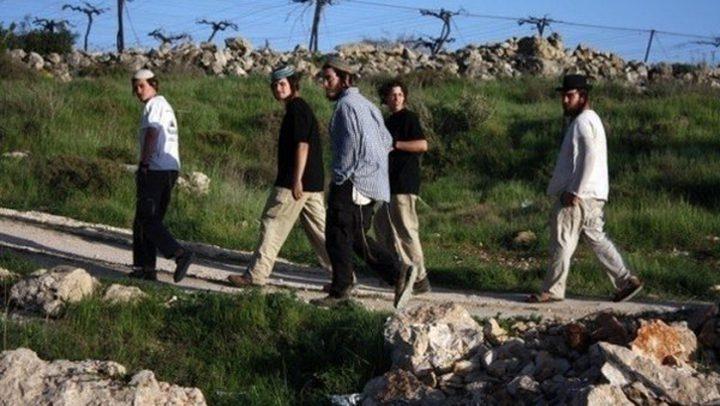 نابلس: مواطنون يتصدون لمحاولة مستوطنين الاستيلاء على منزل